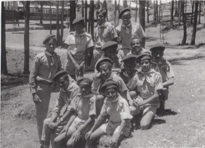 Boy Scouts; Moges front right